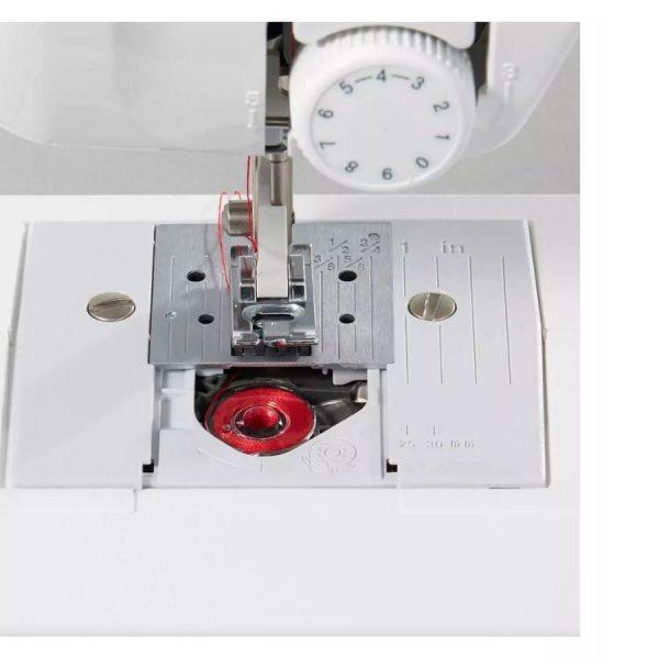 AZ17 - Macchina per cucire Brother dettaglio placca - Filomania
